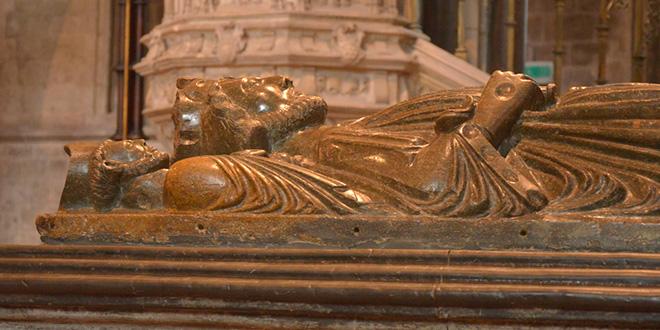 Tumba del rey John de Inglaterra