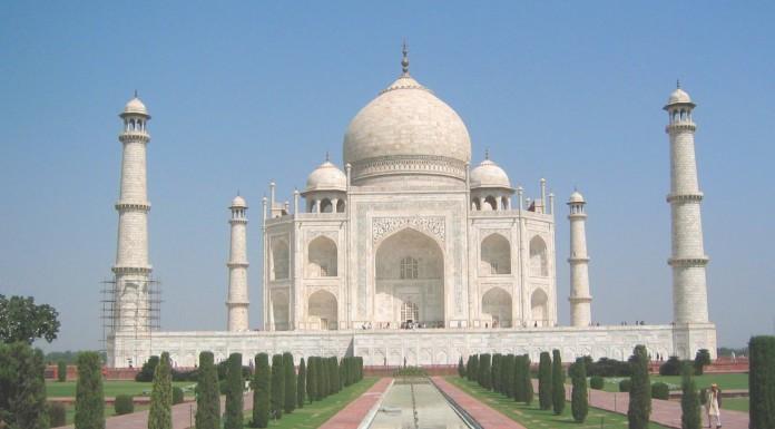 La fascinante historia del Taj Mahal
