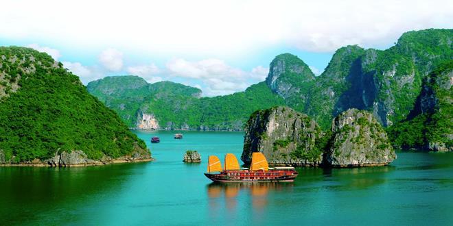 Halong-Bay-Vietnam-2 (Copy)