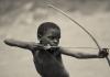 Hadzaa: la tribu que caza como los escualos