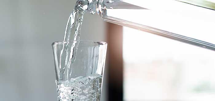 alimentos anticancerígenos. Agua