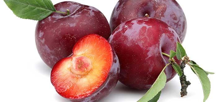 alimentos anticancerígenos. Ciruela