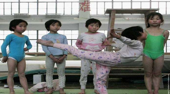 "La ""tortura"" que ejerce china para conseguir gimnastas perfectos"