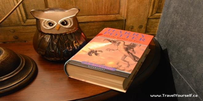 owl-and-harry-potte-book-Georgian-house-hotel-Harry-Potter-Themed-Wizard-Chambers-Hotel-Rooms-in-London (Copy)