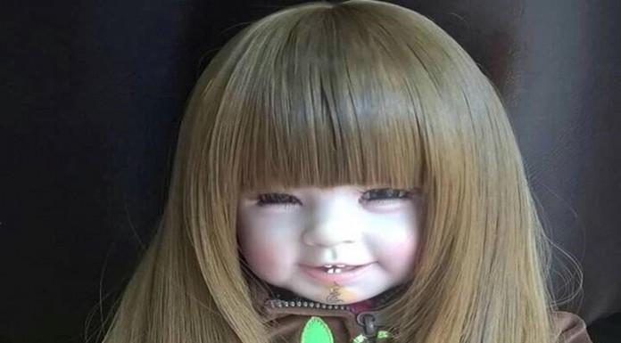 Kuman Thong o la moda de introducir almas infantiles en muñecos