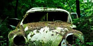 Chatillon, el asombroso cementerio de coches abandonados
