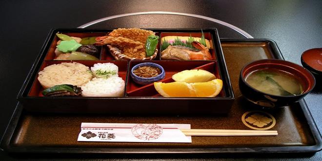 Descubre cómo es la comida en las escuelas de Japón