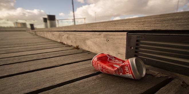 Tirar basura en la calle es motivo de multa en Japón