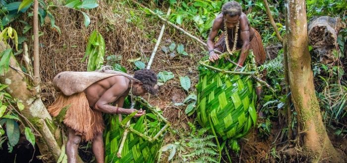 nativos de Nueva Guinea