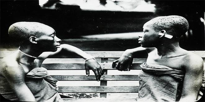 Dos niñas esclavas del Congo, entre 1900 y 1915