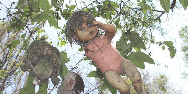 Muñeca rota y sucia