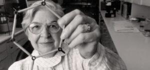 Mujeres inventoras Stephanie Kwolek - Fibra para chalecos antibalas (1965)