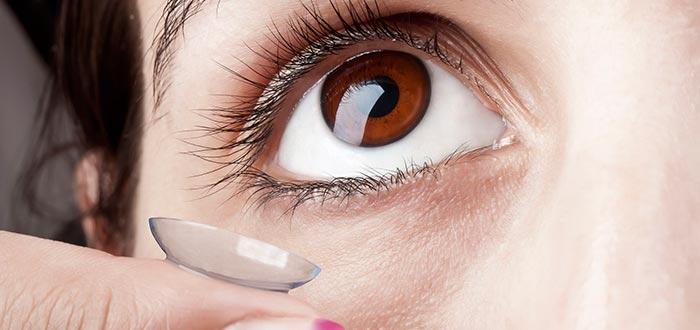 lentes de contacto, ojos grises