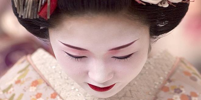 geisha111 (Copy)