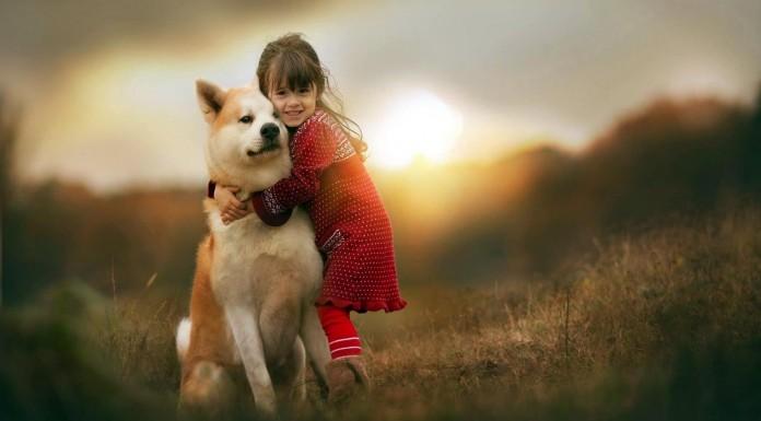 ¡Atención! Esto es lo que puede pasar si dejas que un niño crezca con una mascota