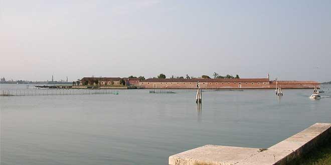 isla lazareto