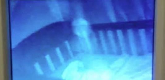 video viral fantasma vigila bebé