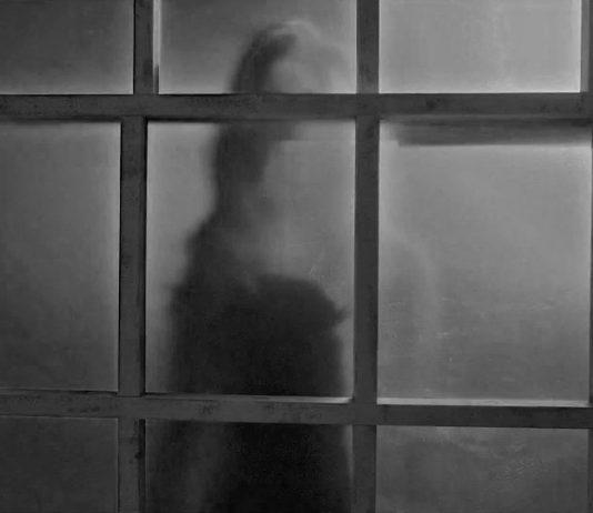 """Los 5 fantasmas de FAMOSOS más """"belicosos"""" de la historia"""