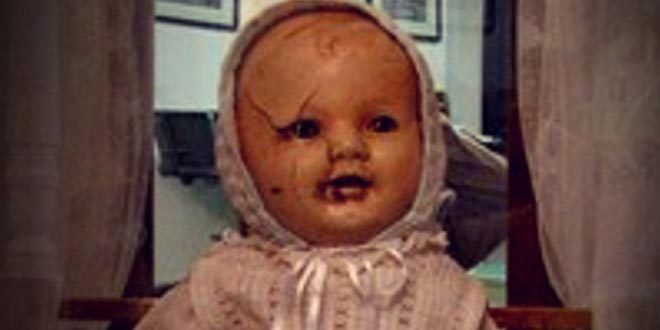 Mandy: la muñeca maldita tan antigua como perturbadora