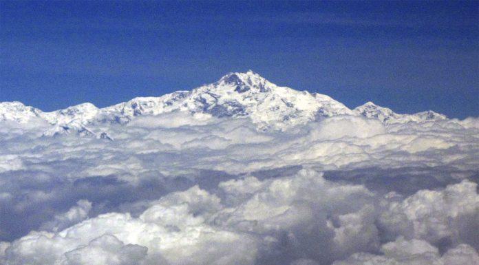 5 IMPACTANTES datos sobre el Monte Everest que debes conocer