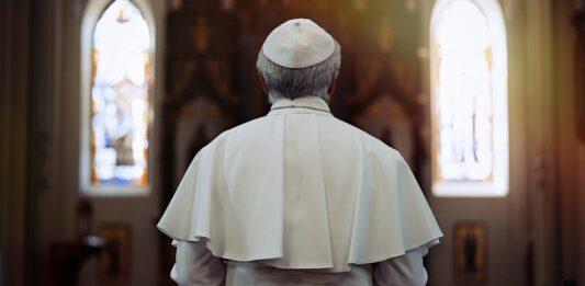 Los 7 Peores Papas de la Historia