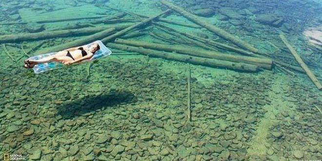 El lago más transparente del mundo