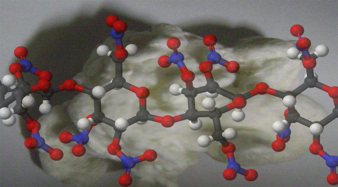 La nitrocelulosa, un descubrimiento explosivo