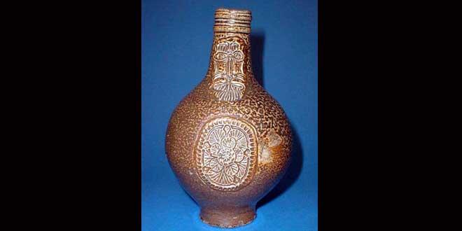 Las Botellas de Bruja, sortilegio contra la hechicería