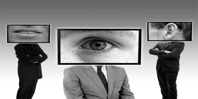 Incluso el director del FBI dice que deberías tapar tu webcam