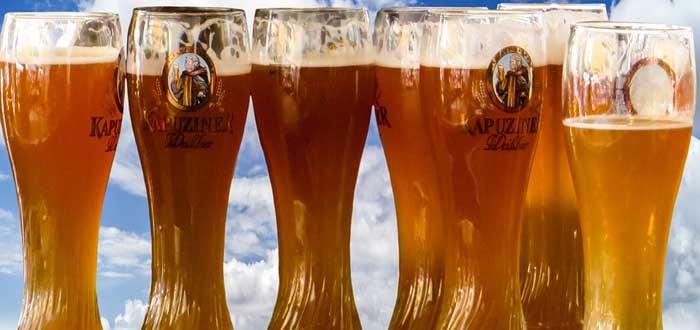 Cafe o cerveza ¿Cómo afecta esta decisión a tu esperanza de vida?