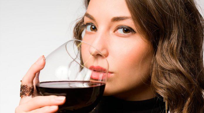 El Vino Tinto incrementa el deseo sexual en las mujeres