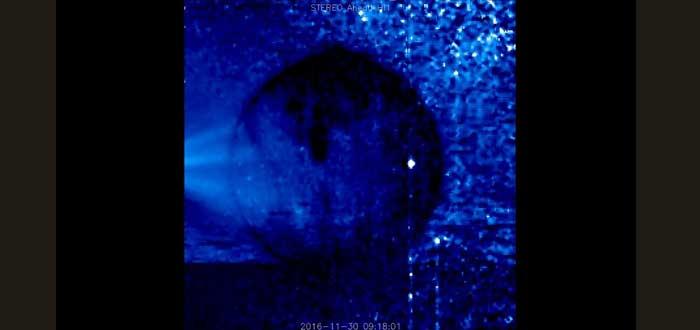 La extraña esfera luminosa que la NASA ha captado alrededor del sol