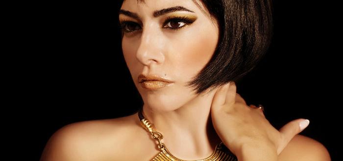cleopatra mujer