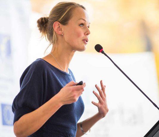 ¿Cómo ser un buen orador? La ciencia descifra sus secretos