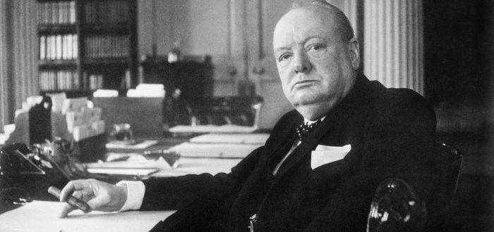 El ensayo que escribió Winston Churchill sobre la vida alienígena