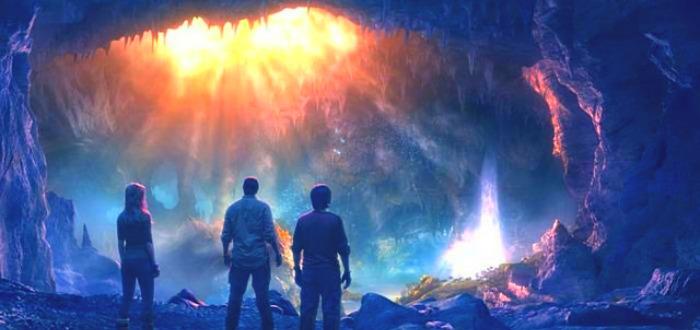 ¿Conoces la teoría de la Tierra Hueca? Estos datos defienden que hay un mundo bajo nuestros pies.