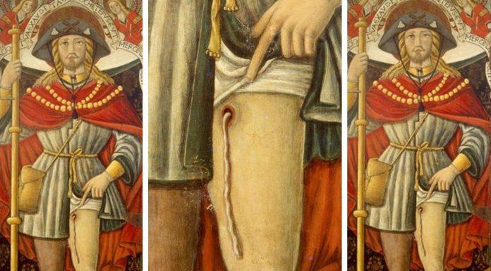 NADIE se había fijado, pero eso que aparece en este cuadro medieval es un parásito