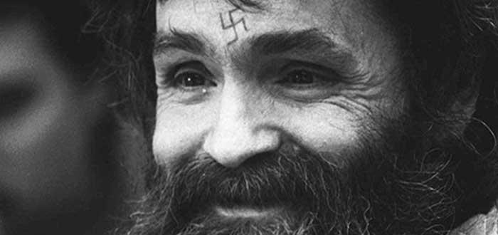 vida de Charles Manson en prisión, asesino