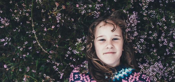 flores cara introvertido