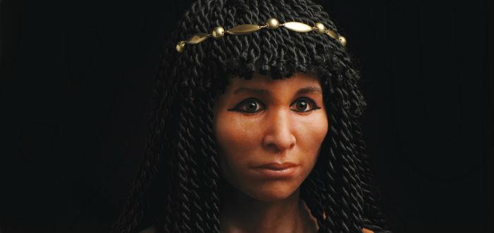 Recontrucción del aspecto de la momia de la Dama Dorada
