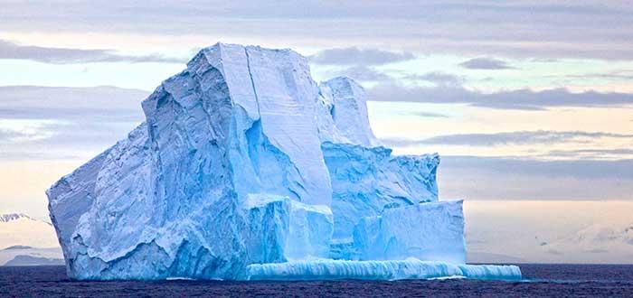 Solución a la sequía de los Emiratos Árabes: remolcar icebergs antárticos 2