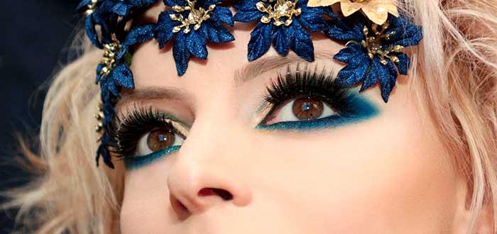 cambiar de color de ojos, maquillaje, ojos marrones