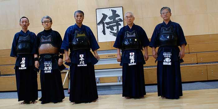 Sensei, Senpai y Kohai, ¿eres tú alguno de ellos?