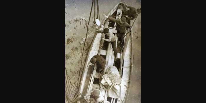 El terrible descubrimiento en el último bote del Titanic