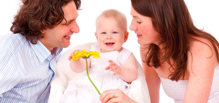 ¿Te pareces más a tu padre que a tu madre? En cotilleos familiares, es seguro que algún miembro discuta sobre el increíble parecido que guardas con uno u otro, ya sea físicamente o en materia de personalidad.