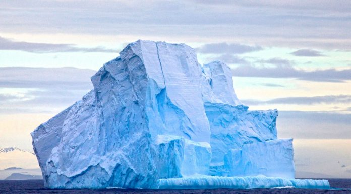 Cómo es un iceberg al revés