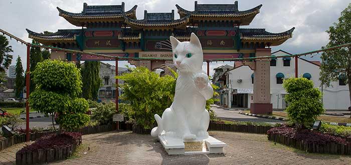 Kuching, la ciudad de los gatos en Malasia