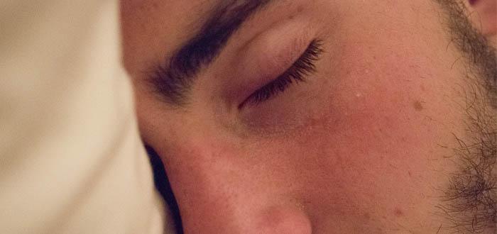 5 signos de que no estás durmiendo suficiente