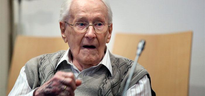 Fue responsable de 300 mil muertes en Auschwitz, y con 96 años entra a prisión
