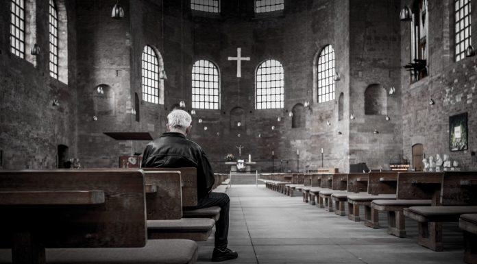 Los traviesos mensajes ocultos en las iglesias medievales